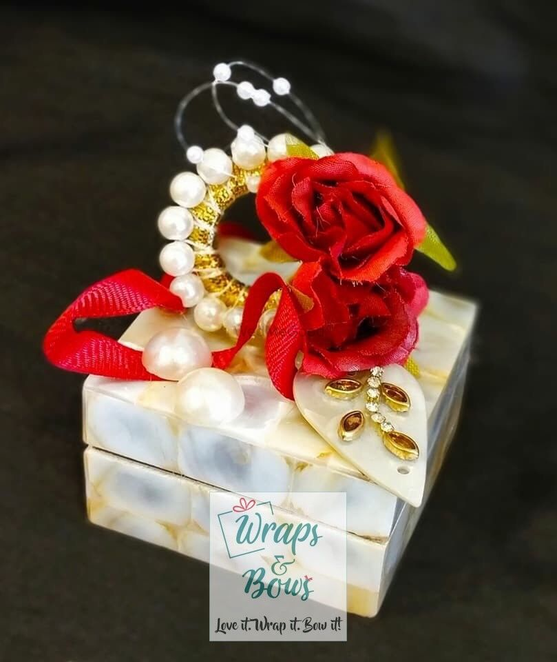 Photo By Wraps&Bows - Favors
