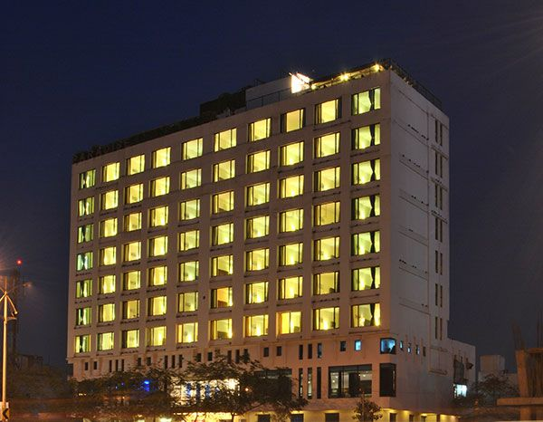 Photo By Hotel Paradise - Venues