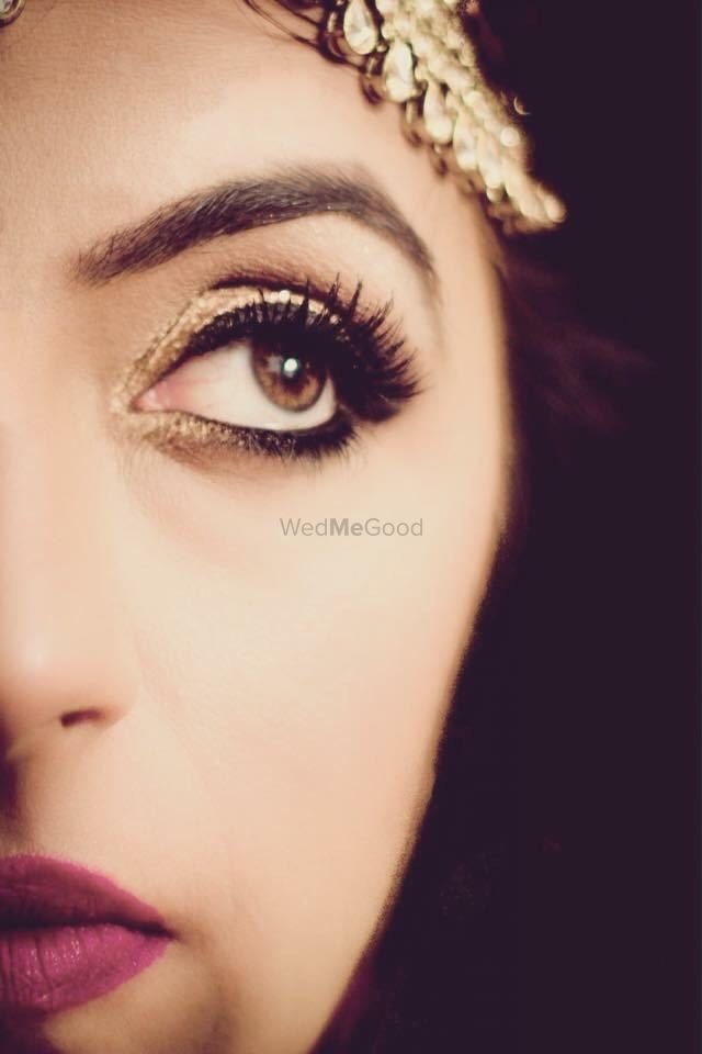 Photo of South Indian smokey eyes makeup
