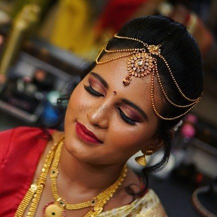 Photo By Rufida Makeup Artist - Bridal Makeup