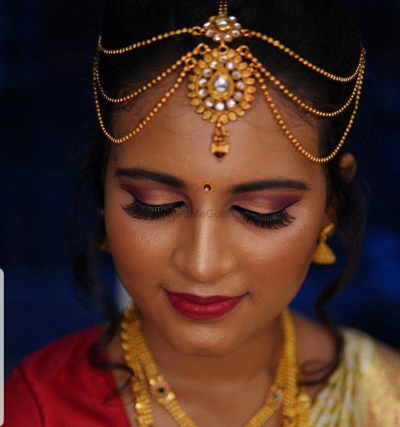 Photo By Rufida Makeup Artist - Bridal Makeup