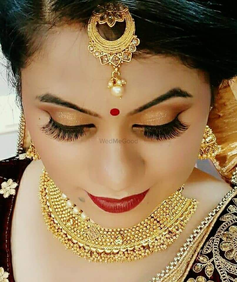 Photo By Shab's Beauty Salon & Bridal Studio - Bridal Makeup
