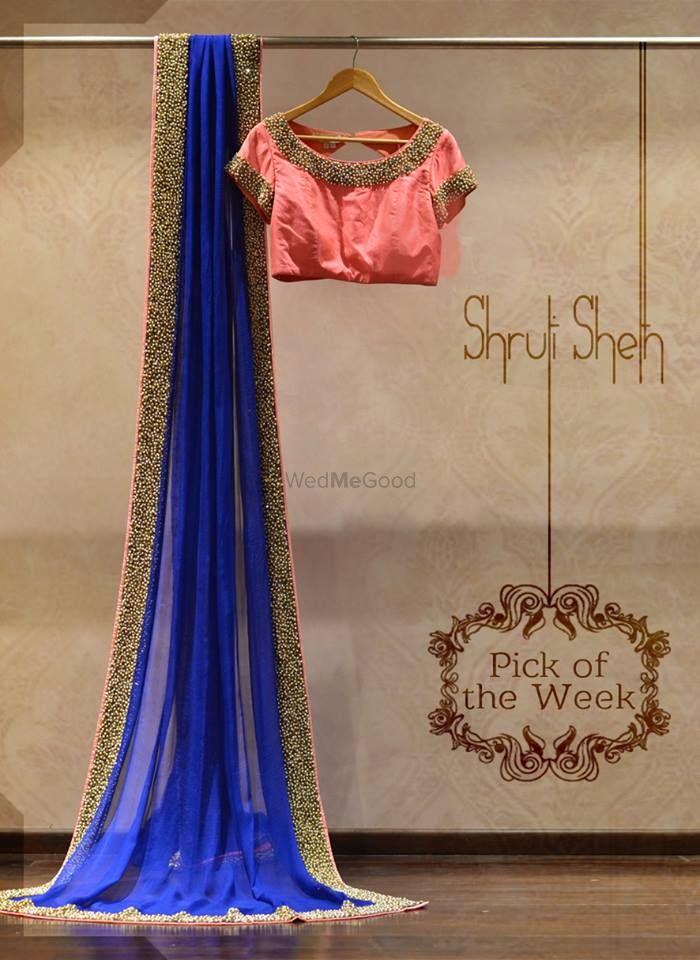 Photo of blue saree with pnk blouse