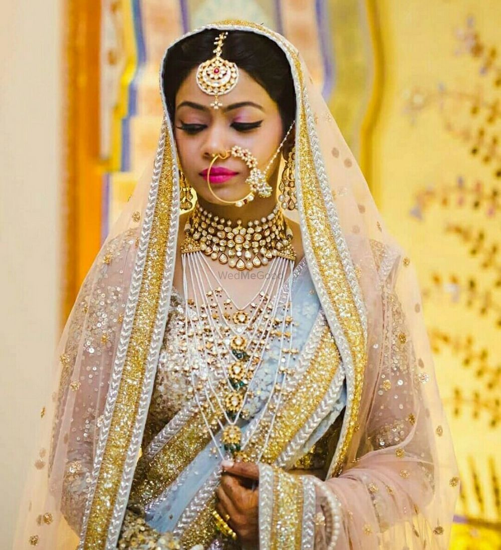 Photo of A bride in heavy jewellery