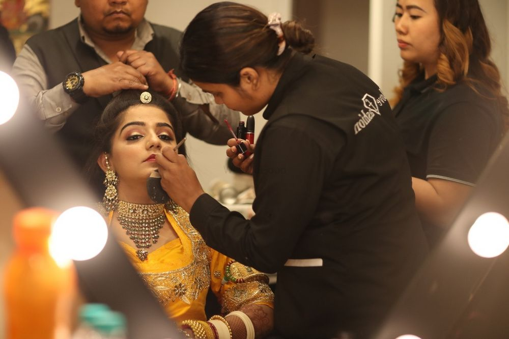 Photo By Zinque Salon Jaipur - Bridal Makeup