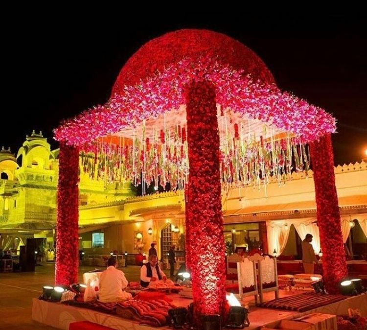 Photo By Crystal Ball Events - Decor