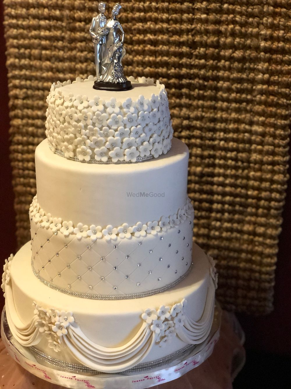 Photo By JeanneFerrer Cake House - Cake