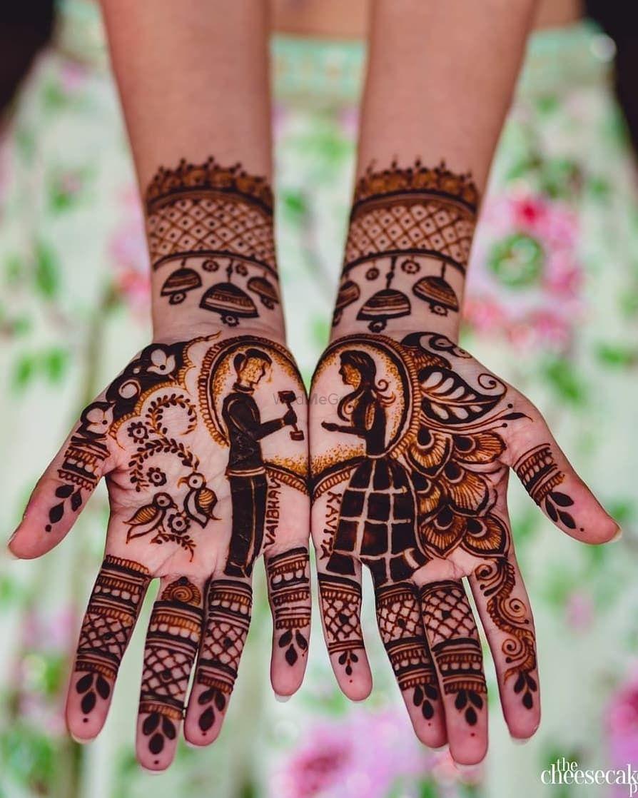 Photo of Proposal mehendi design for bride