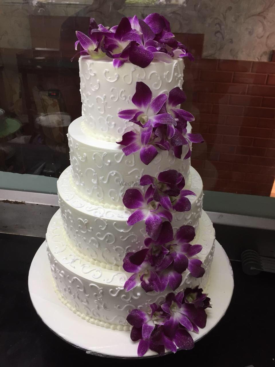 Photo By Joy Delights - Cake