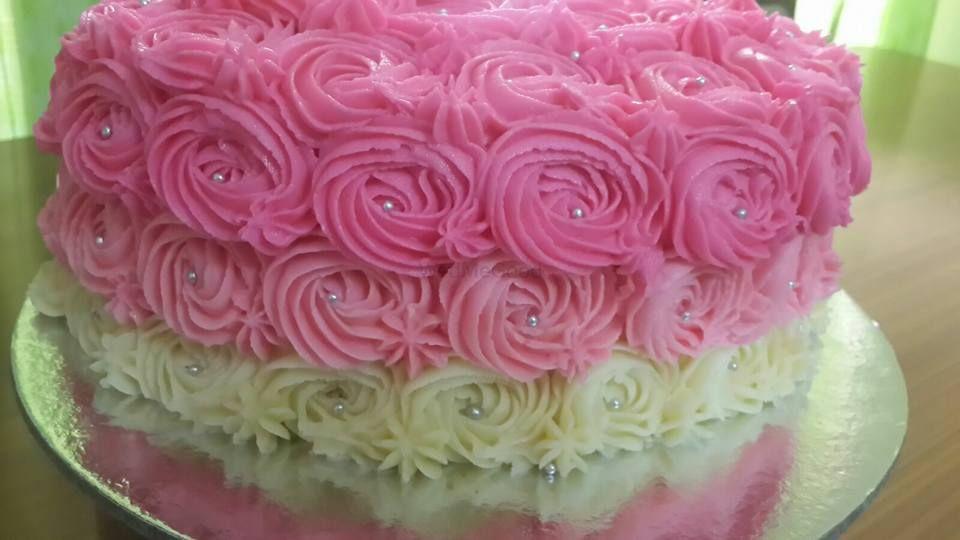 Photo By Crumbs n Creams - Cake