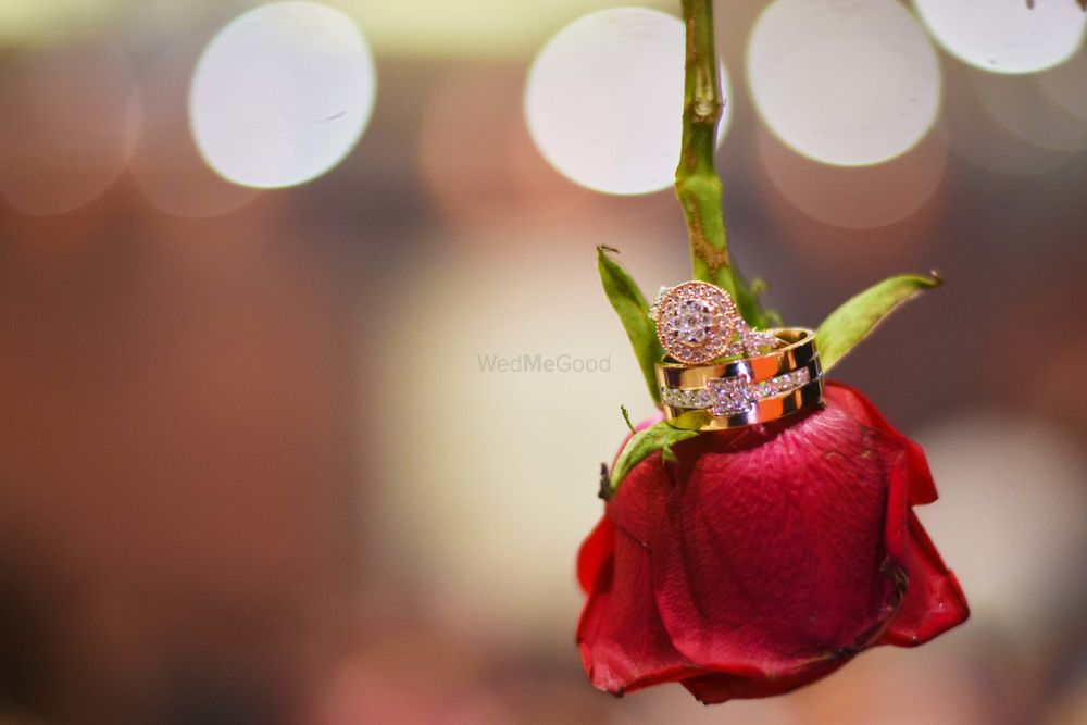 Red Jewellery Photo red roses