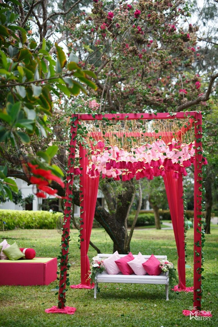 Photo of Mehendi photobooth cum seating idea with canopy