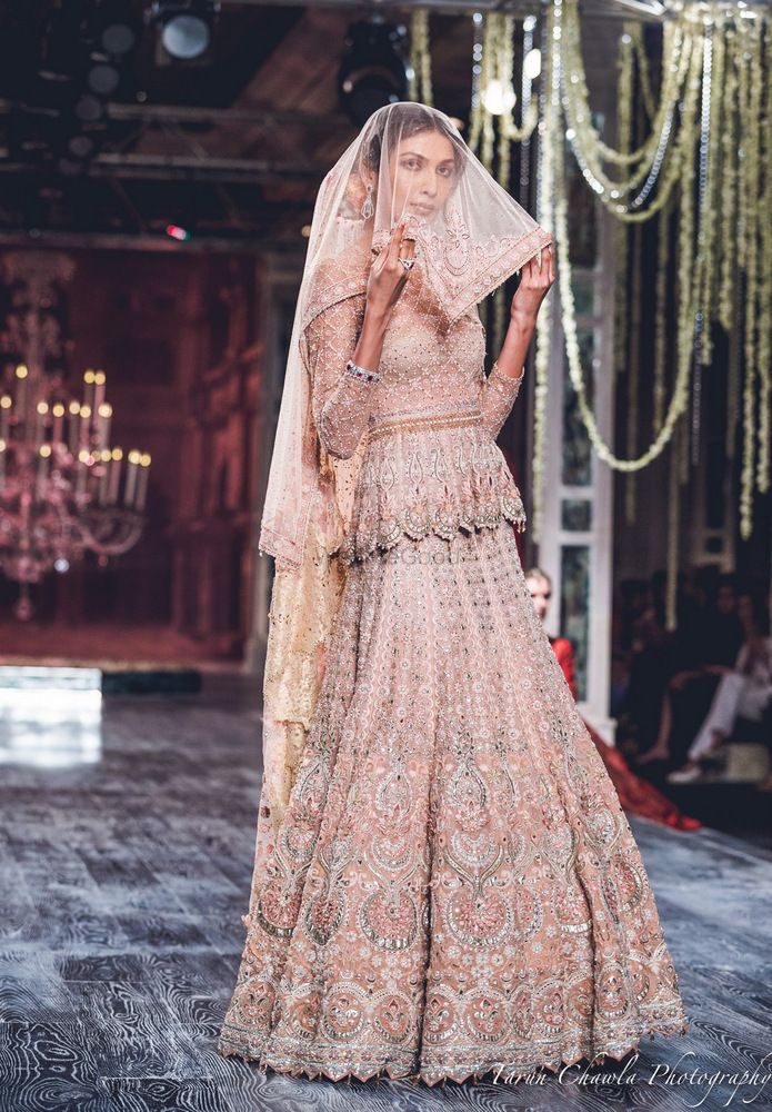 Photo By Tarun Tahiliani - Bridal Wear