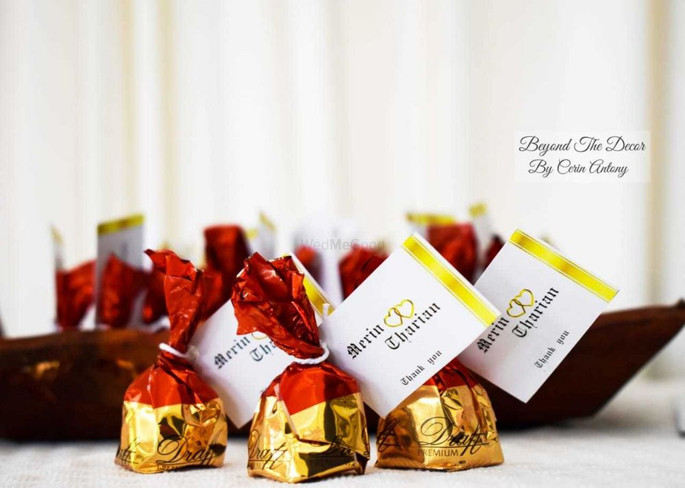 Photo of Personalised chocolates as favours with thank you note