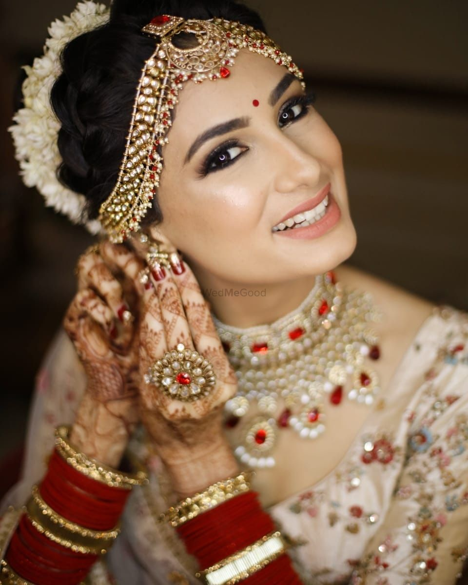 Photo of Bride getting ready shot with subtle makeup