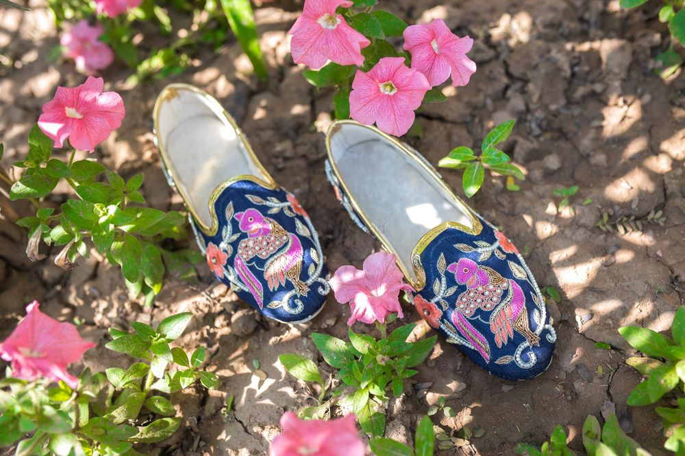 Photo By The Shoe Tales - Accessories