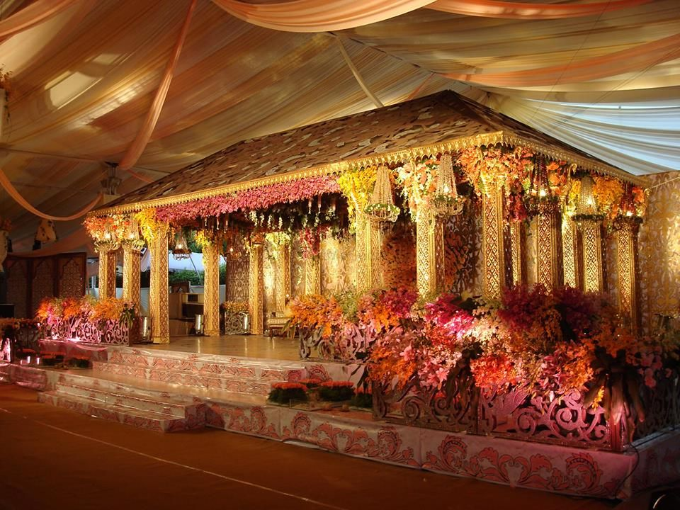 Photo By Navanera Decorations - Decorators