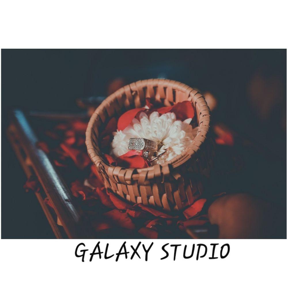 Photo By Galaxy Studio - Photographers