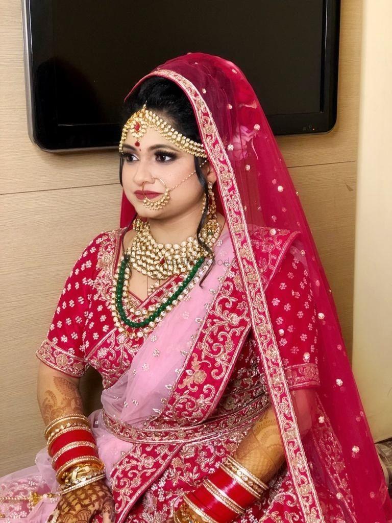 Photo By Aarti Makker - Bridal Makeup