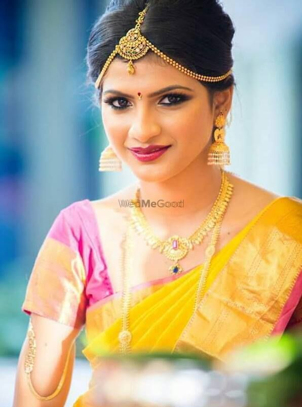 Photo By Shreeya Pawar Makeup & Hair Artist - Bridal Makeup