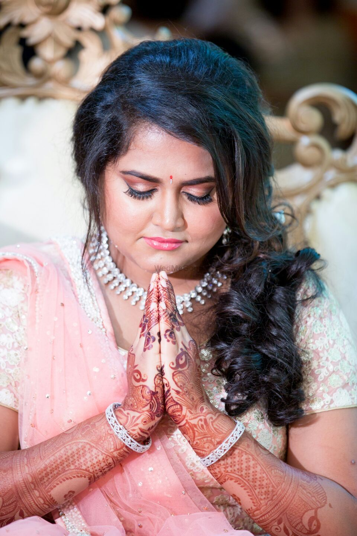 Photo From Engagement Bride Mrunal - By Aksha Shah Mehendi Designer