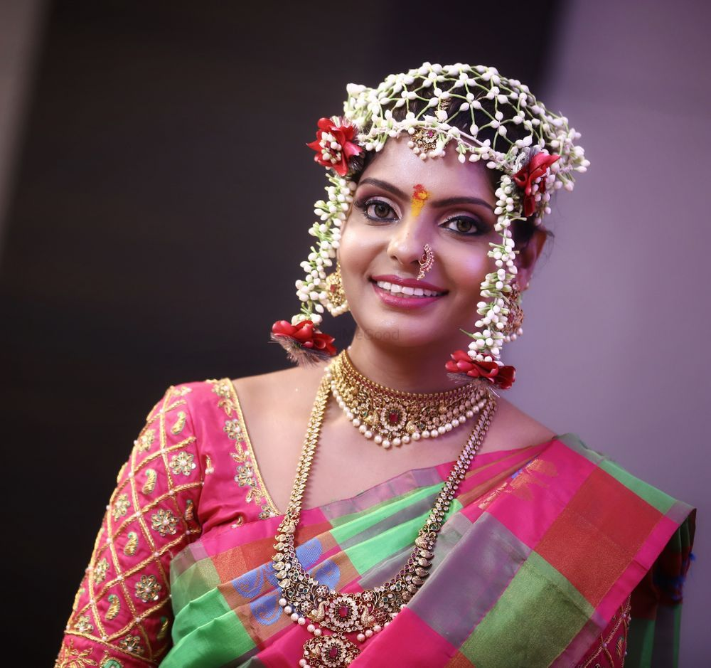Photo From Supriya's Ring Ceremony - By Jayshree Makeup and Hair Designer