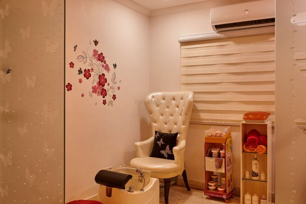 Photo From studio - By Pinks & Peaches Makeover Studio