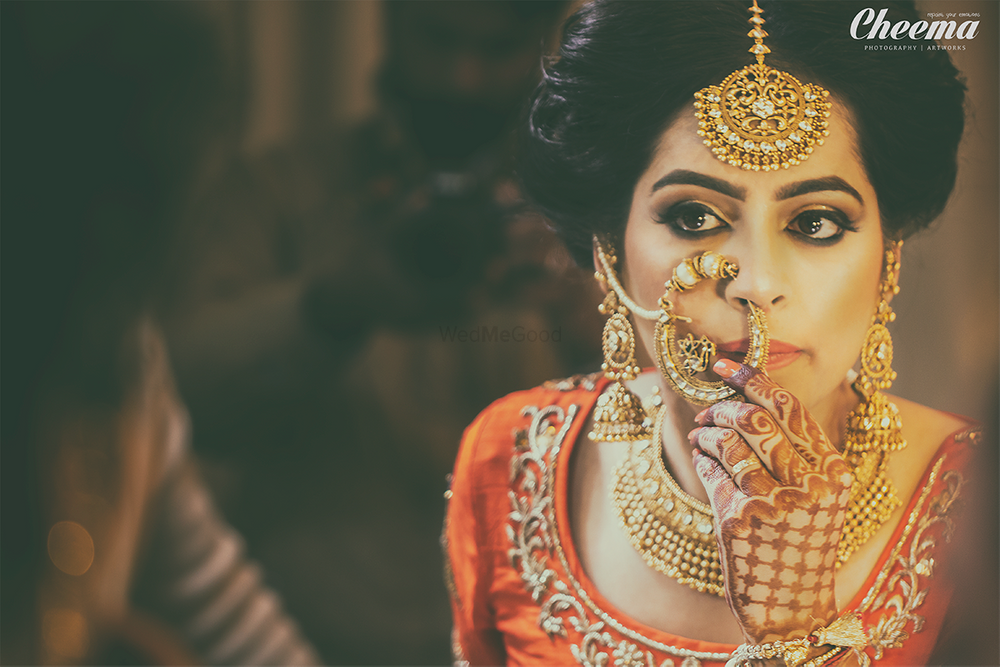 Photo of gold bridal jewellery