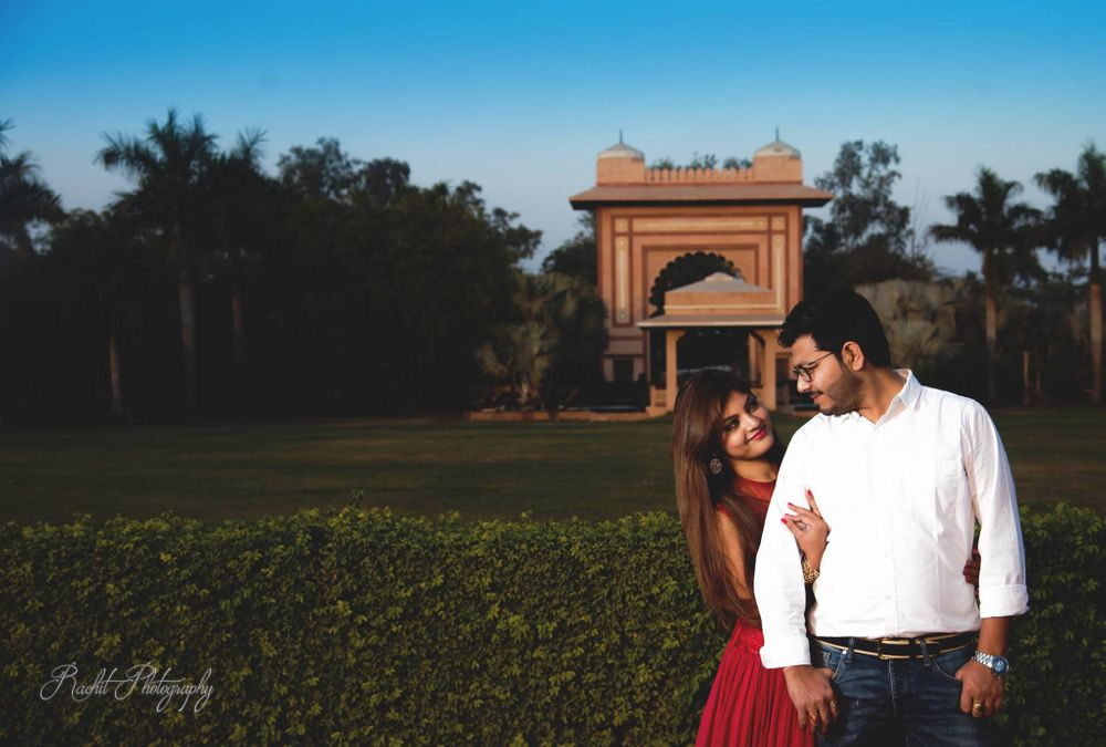 Photo From Pre wedding ii - By Golden Aperture