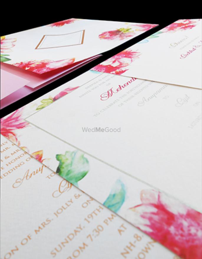 Photo of spring summer invitations
