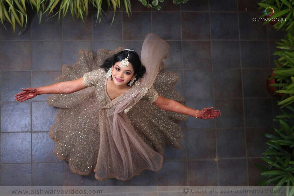 Photo of Twirling bride to be