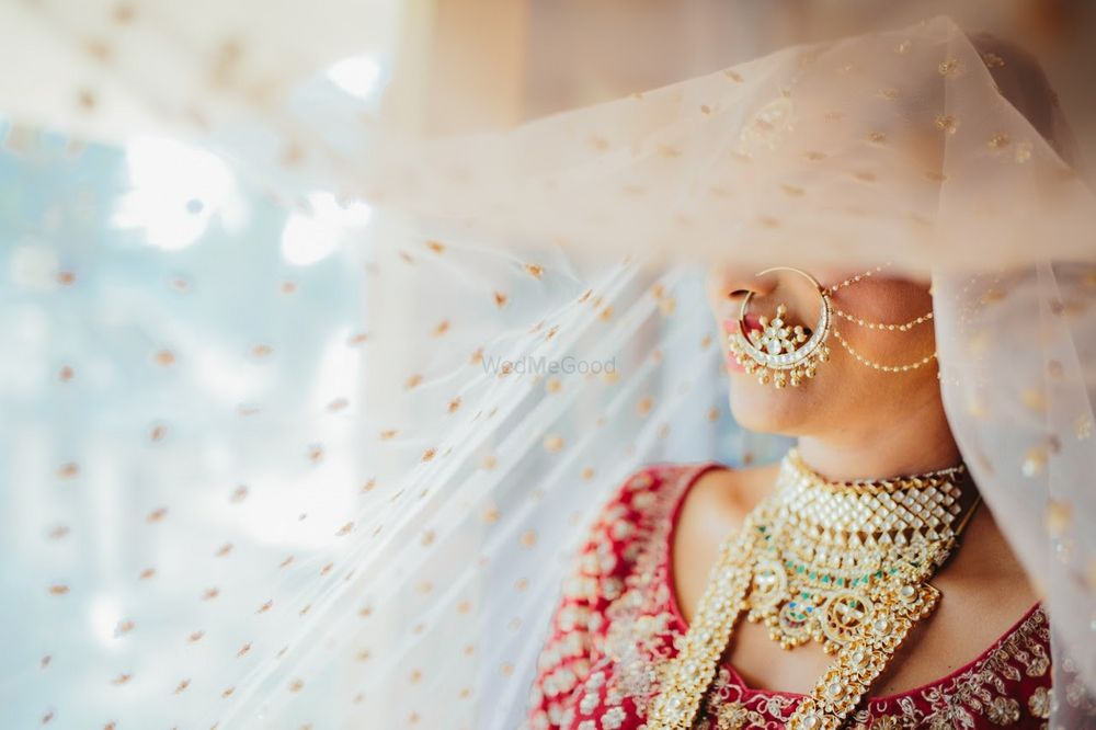 Photo of Gorgeous bridal jewellery shot