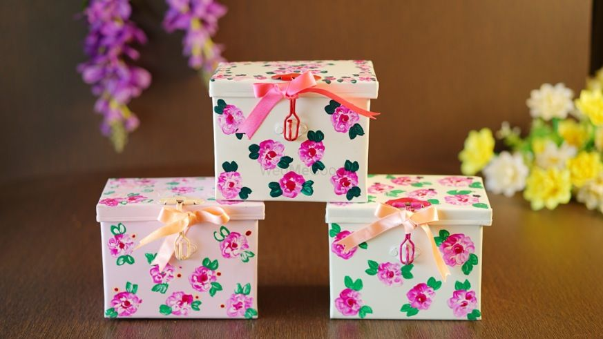 Photo of cute floral boxes