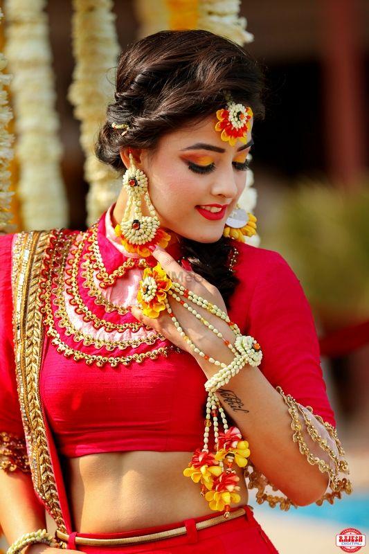 Photo of Pretty Mehendi floral jewellery