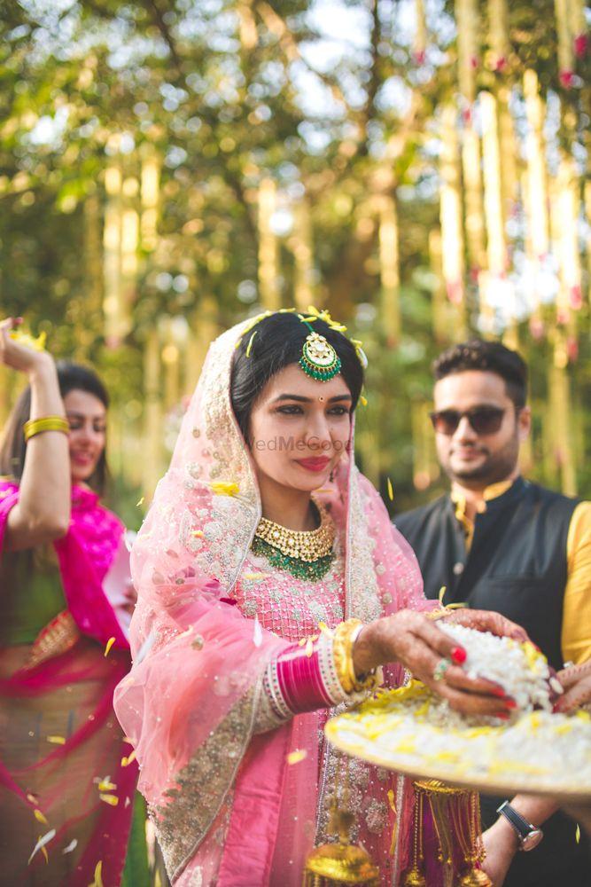 Photo of Candid bridal shot