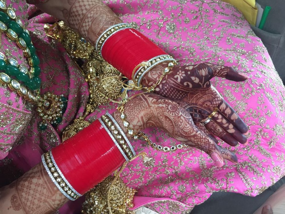 Photo From Dr saanchie, at patio club gurgaon Mehendi ceremony on 1 sep - By Shalini Mehendi Artist