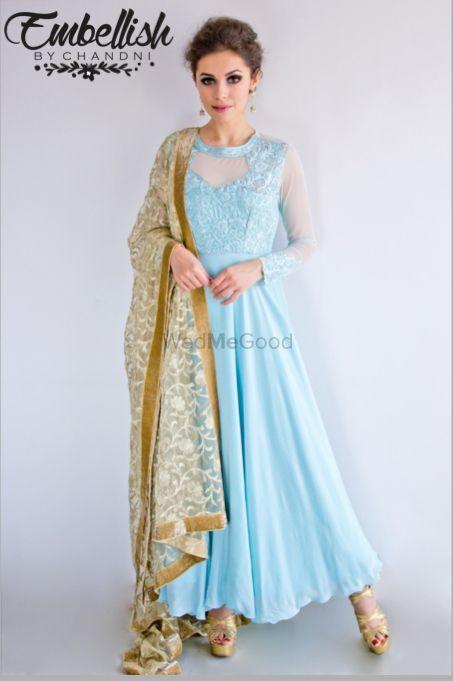 Light Blue Outfits Photo