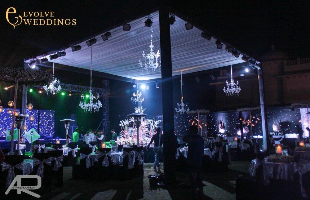 Photo From RAUNAK & SANJANA GRAND SANGEET - By Evolve Weddings India