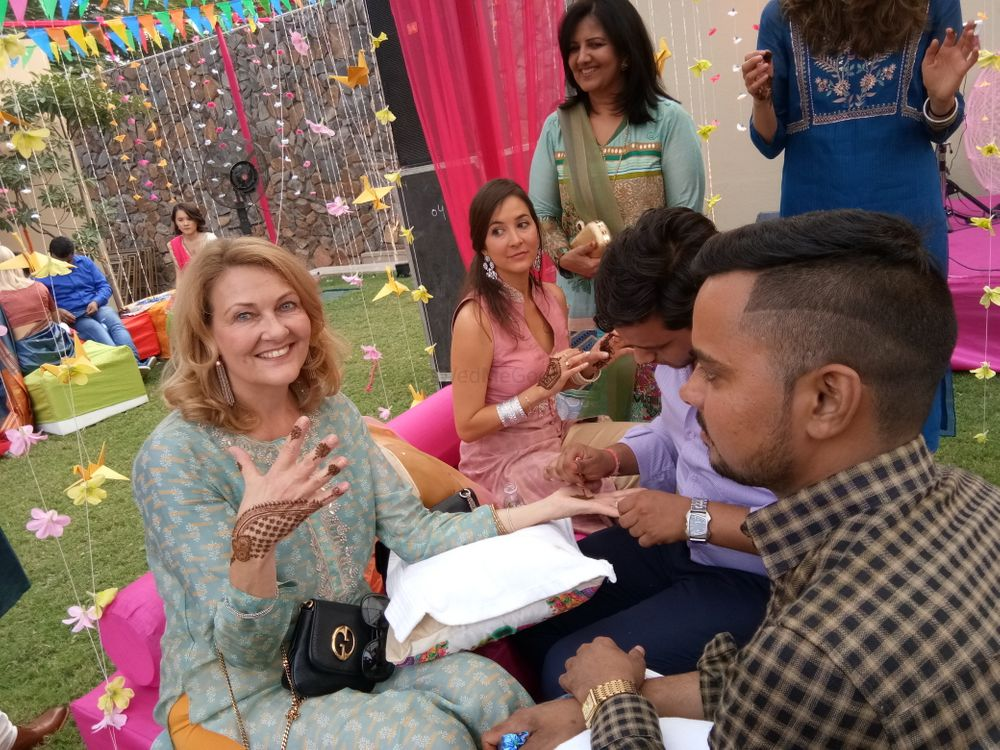 Photo From Romapreet and Raghav mehendi ceremony at TRIDENT, gurgaon on 27 oct - By Shalini Mehendi Artist