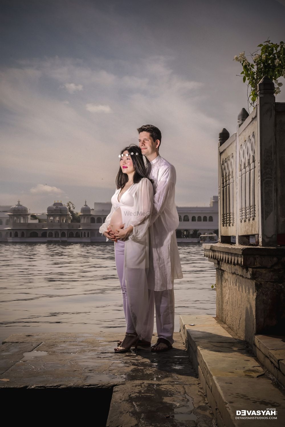 Photo From Amy and Tim Maternity shoot - By Devasyah Studios