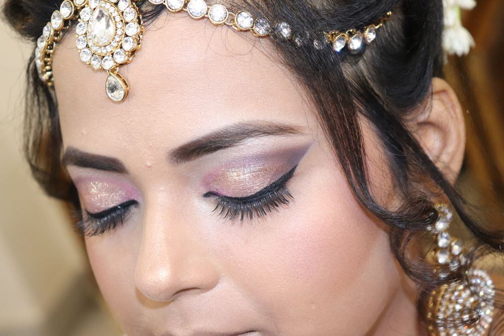 Photo From Bridal makeup - By Simran Khanna Makeovers
