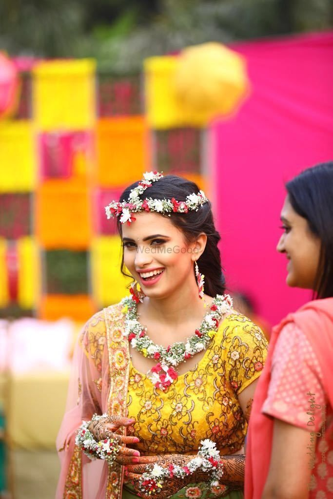 Photo From Mehndi look for Ashna - By Wedsta Diamond Package