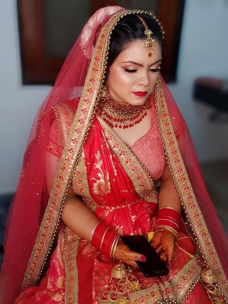 Photo From bridal makeup - By Aakriti Gandhi Makeup Artist