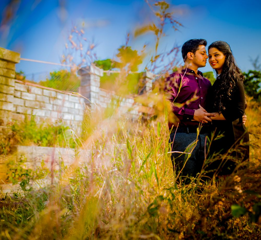 Photo From Meera + Aatman Pre Wedding - By Busy Bee Studio
