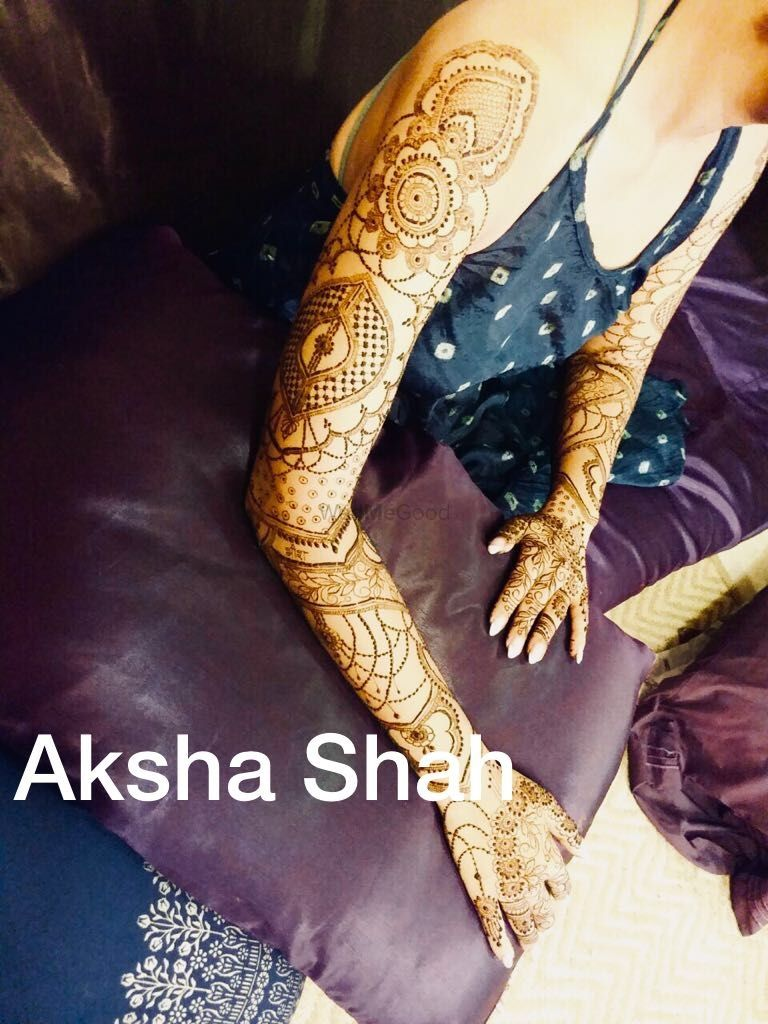 Photo From Bride Sonam chandna - By Aksha Shah Mehendi Designer