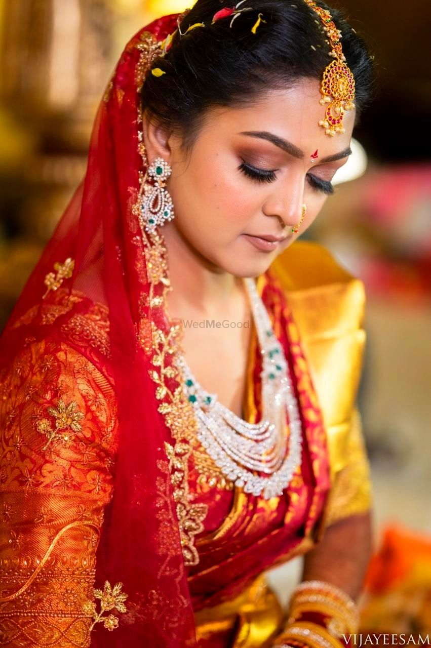 Photo From Wedding Looks! - By Make-up by Afsha Rangila