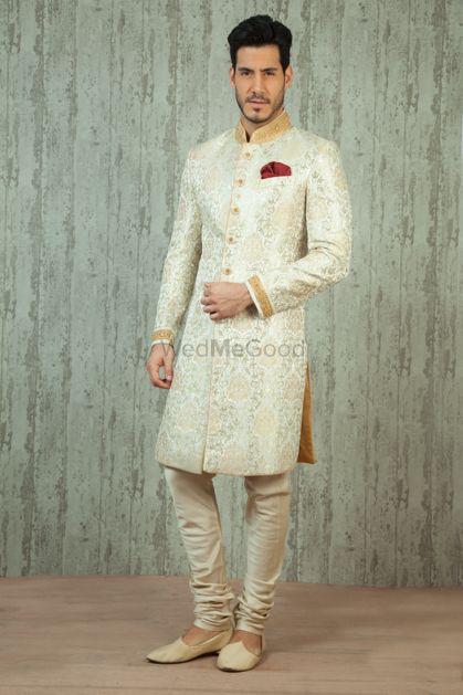 Groom Wedding Dresses Photo