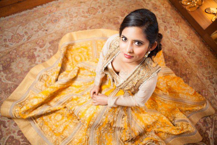 Photo of saffron yellow