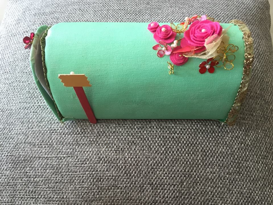 Photo of mint and pink case
