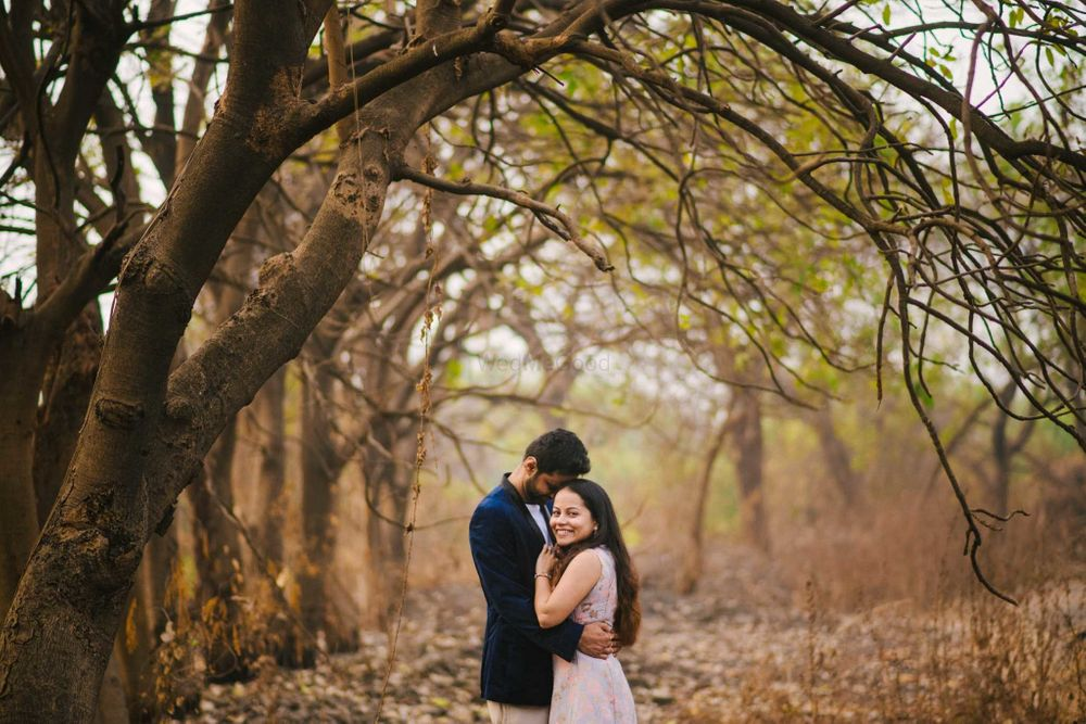 Photo From R + V Pre-wedding - By WhatKnot Photography